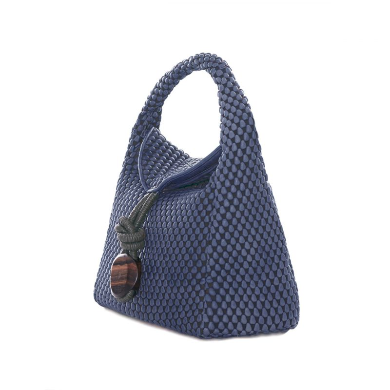 2-tissa-fontaneda-uptown-sack-blue-jean-nappa-bubbles-angle